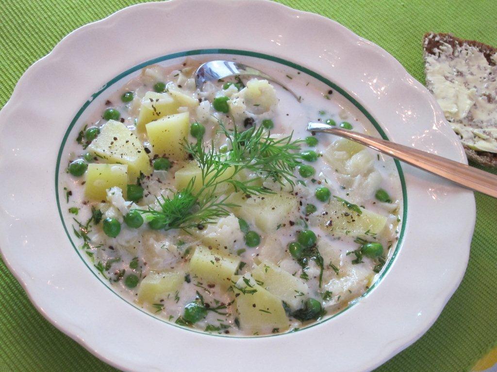 Kevyt ja ruokaisa Lipeäkalakeitto | Reseptit | Hätälä Oy