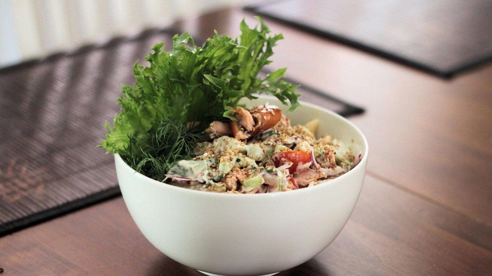 Savulohipastasalaatti | Reseptit | Hätälä Oy
