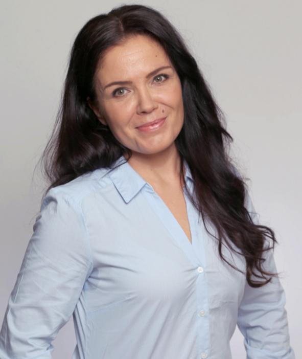Camilla Lotti, Hätälä