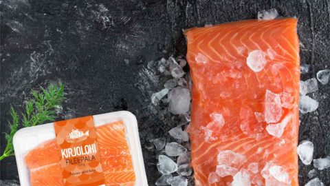 Tuoreet kalat ja kalafileet lohesta ja kirjolohesta | Kalatuotteet | Hätälä