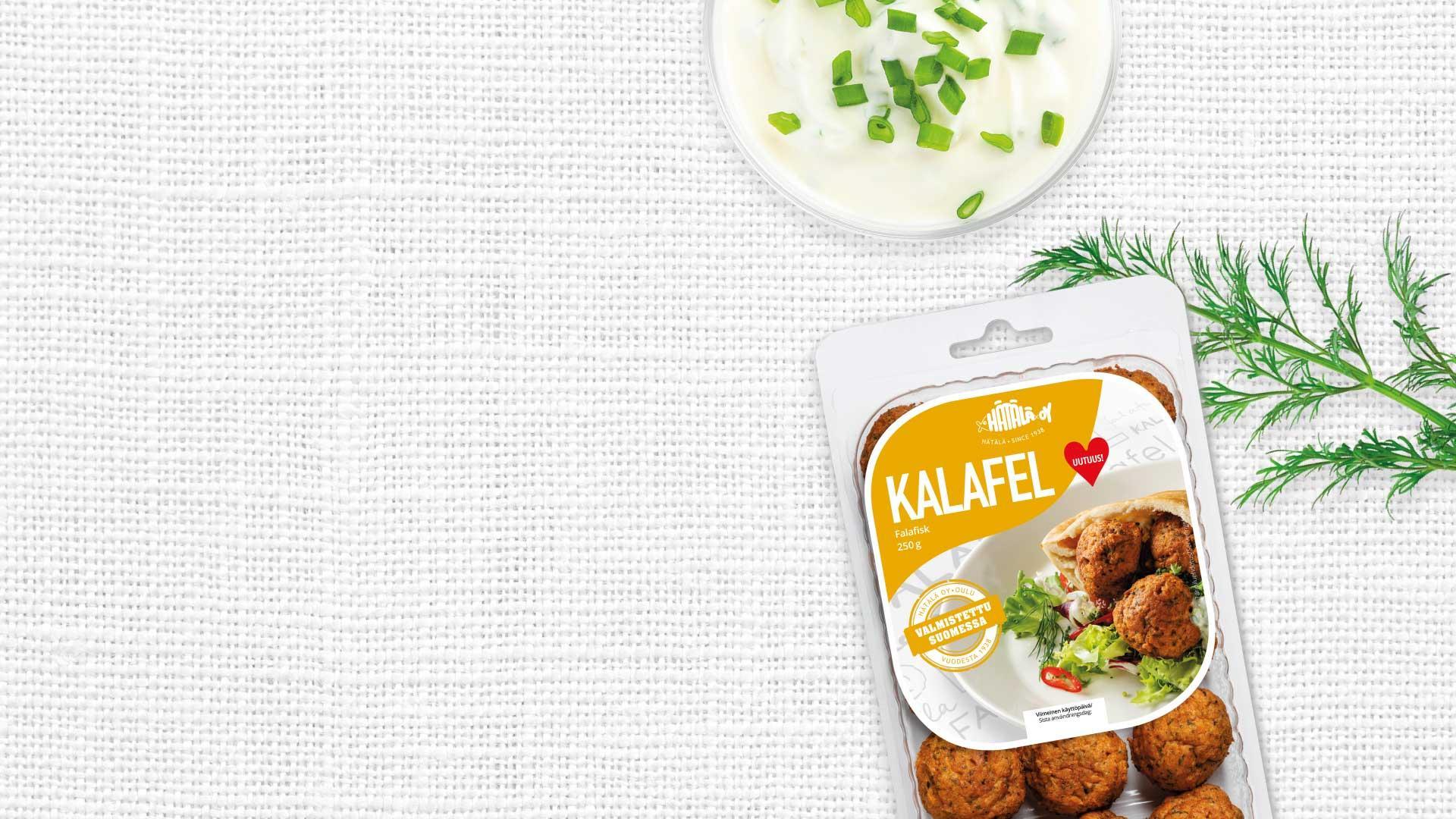 Hätälä Kalafel 250g pakkaus pöytäliinan päällä| Kalatuotteet | Hätälä