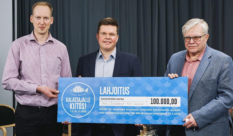 Hätälä lahjoitti kalastajille 100 000 euroa