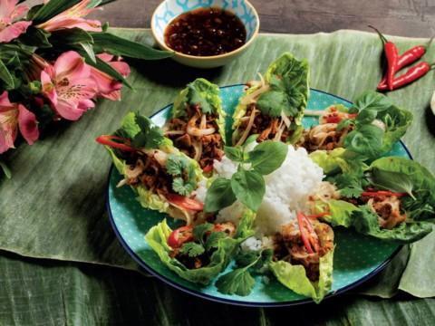 Thaimaalainen larp-salaatti loimulohesta reseptikuva